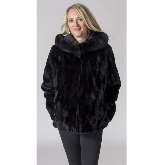 5d95cd96cbcf Reversible Mink Fur Sections Hooded Parka